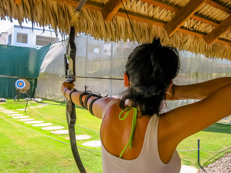 Tir à l'arc de sport de tir photos libres de droits