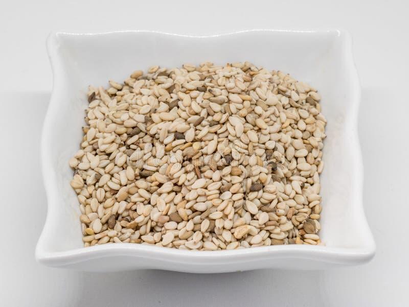 Tir étroit d'un groupe des graines de sésame et de x28 ; Indicum& x29 de Sesamum ; photos stock