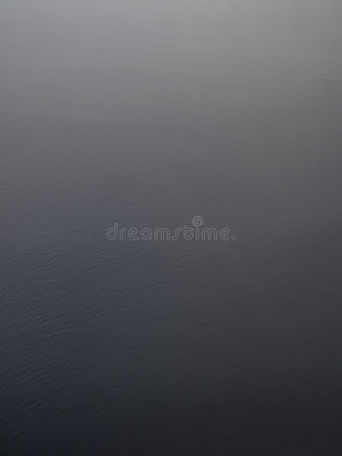 Tir aérien vertical d'un océan photographie stock