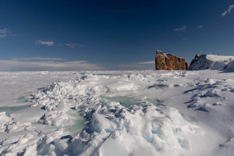 Tir d'hiver de Perce Rock majestueux images stock