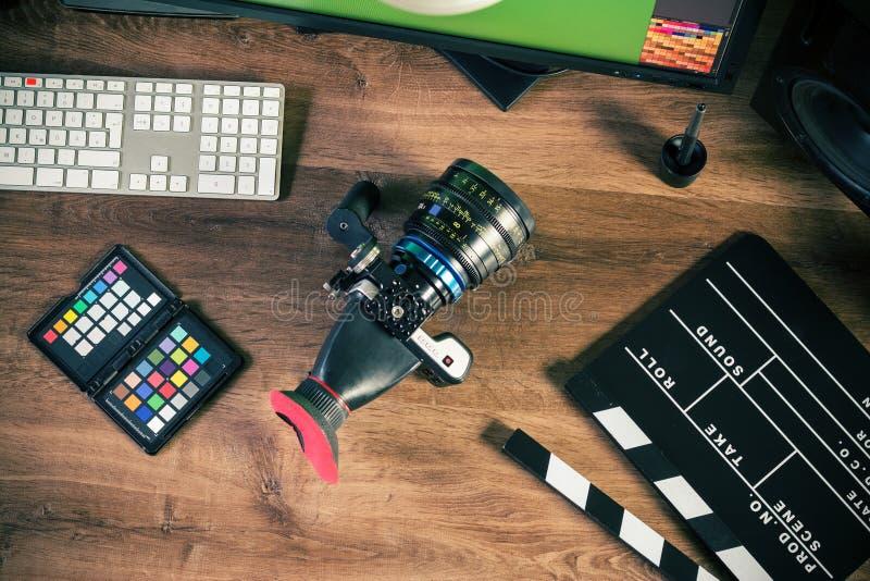 Tir de bureau d'un appareil-photo moderne de cinéma image libre de droits