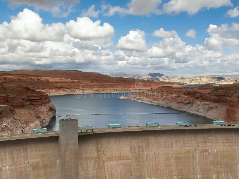 Tir du barrage de canyon de gorge et du lac powell en page, az image stock