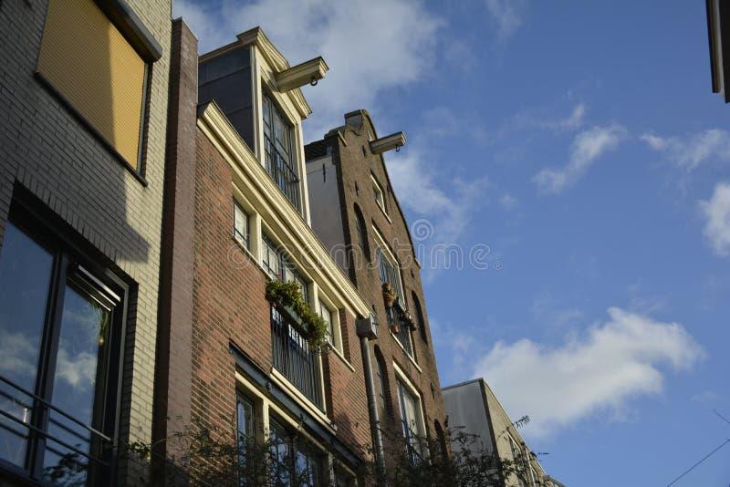 Tir typique des maisons POV du ` s d'Amsterdam image libre de droits