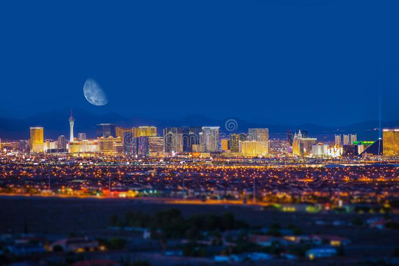 Tira e lua de Las Vegas fotos de stock royalty free