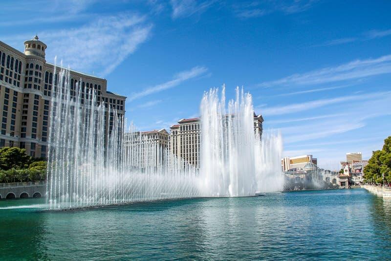 Tira magn?fica de Las Vegas de las fuentes de Bellagio - hotel de la tira de Las Vegas fotografía de archivo