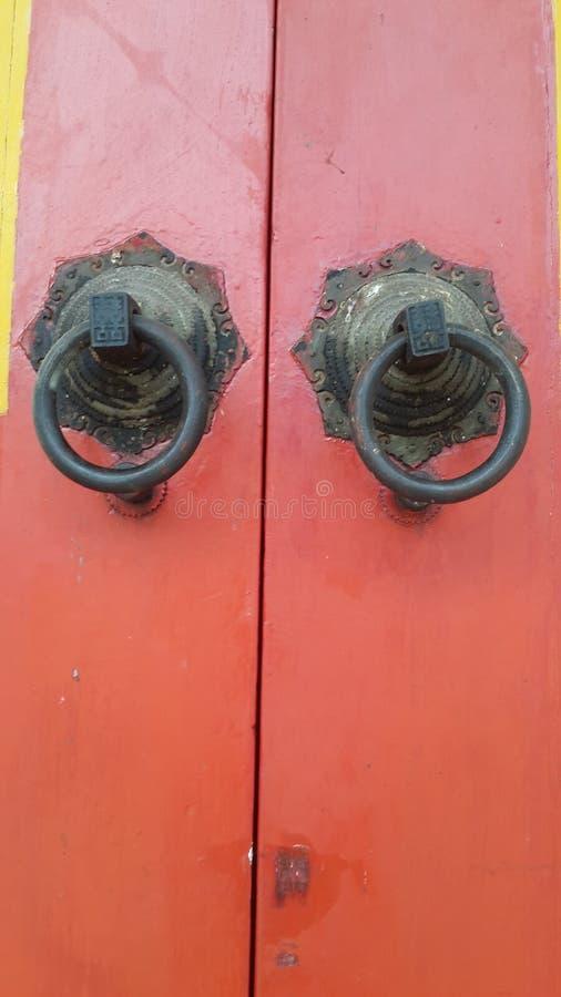 Tiradores de puerta imágenes de archivo libres de regalías