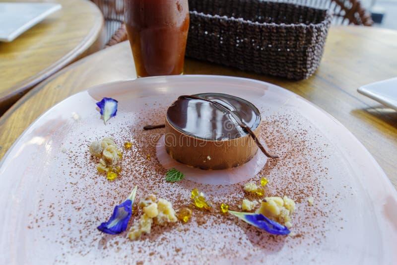 Tiramisukuchen auf der Platte, Manila lizenzfreies stockfoto