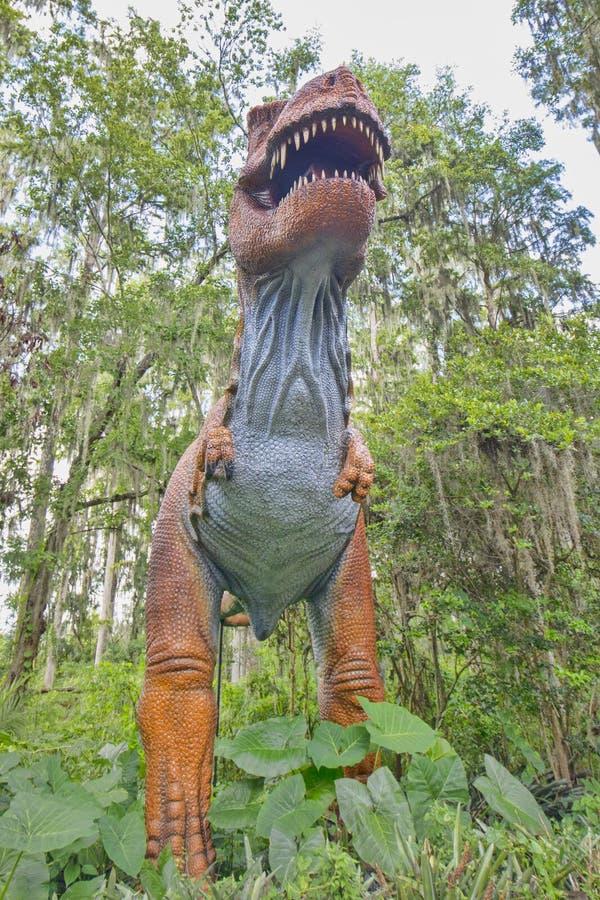 Tiranosaurio de tama?o natural Rex imagen de archivo