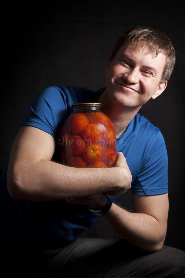 Tirante con i pomodori fotografia stock libera da diritti