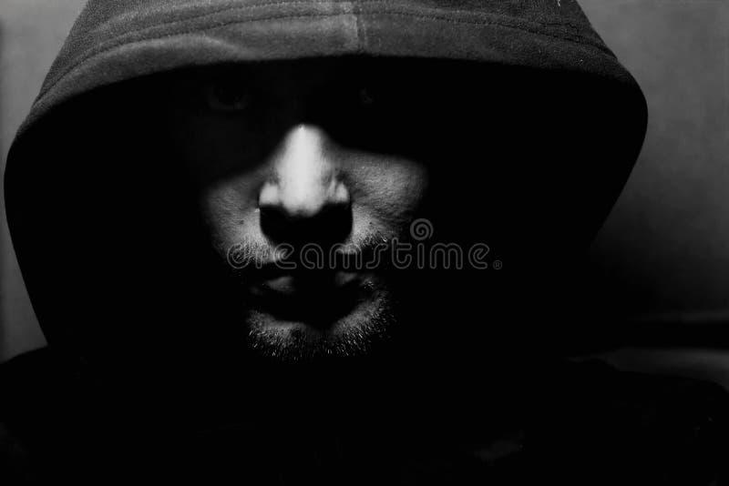 Download Tirante in un cappuccio immagine stock. Immagine di cappuccio - 3133289