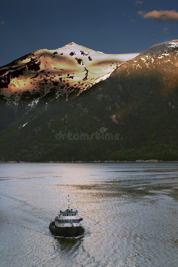 Download Tirata di Skagway immagine stock. Immagine di rimorchiatore - 206179