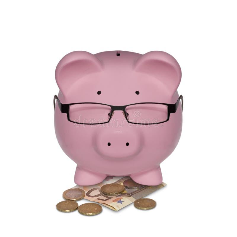 Tirelire avec des verres sur l'argent illustré en tant que directeur photos stock