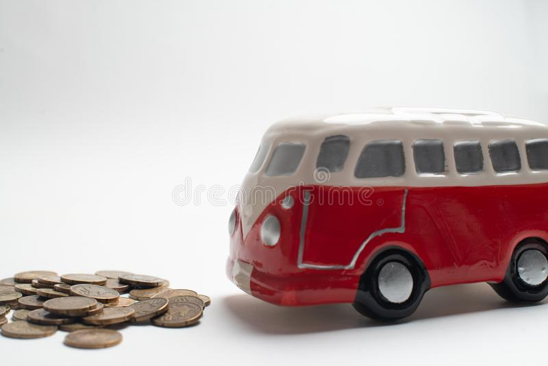 Tirelire rouge d'autobus photo stock