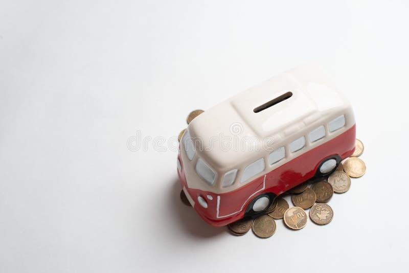 Tirelire rouge d'autobus image libre de droits
