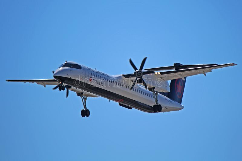 Tiret exprès 8 Q400 C-GGCI de bombardier d'Air Canada photo stock