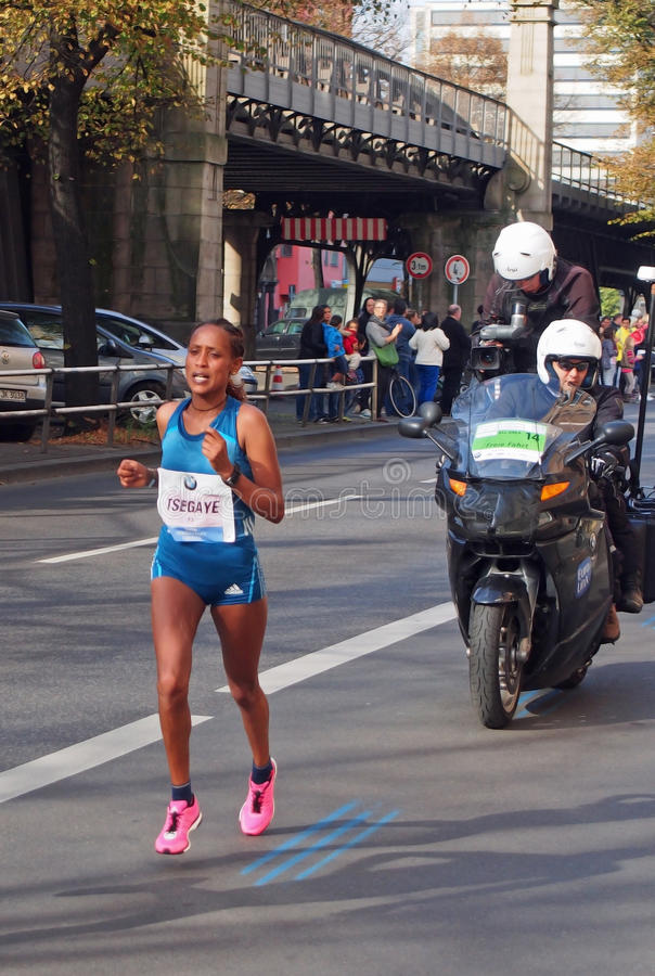 Tirfi Tsegaye, Berlin Marathon 2014 (Sieger) lizenzfreie stockbilder