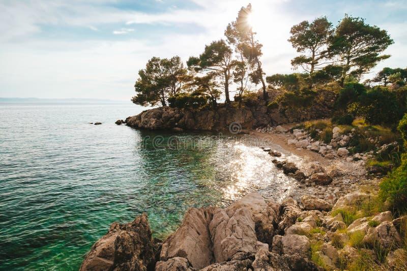 Tiri vicino alla città Podgora, Croazia Makarska riviera fotografia stock