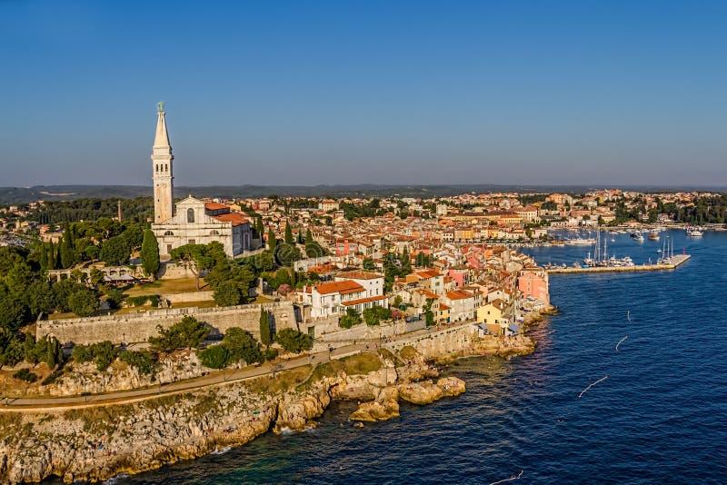 Tiro aéreo de Rovinj, Croatia fotos de stock royalty free