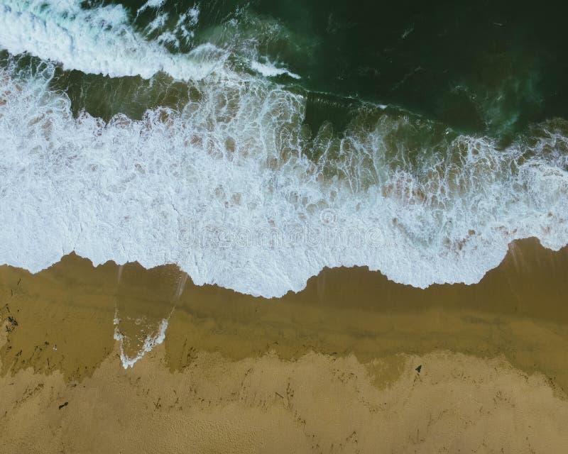 Tiro aéreo da onda do close up fotografia de stock royalty free