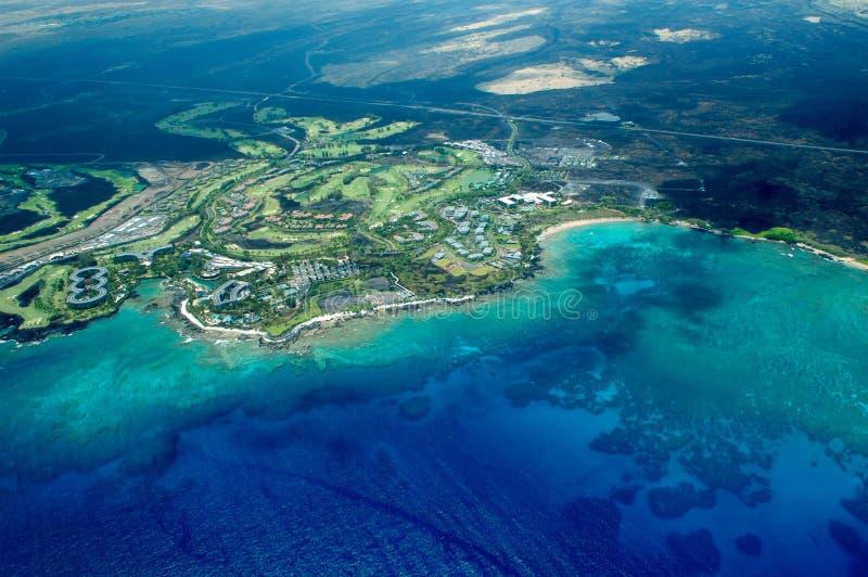 Tiro aéreo de la isla grande - playa imagen de archivo libre de regalías