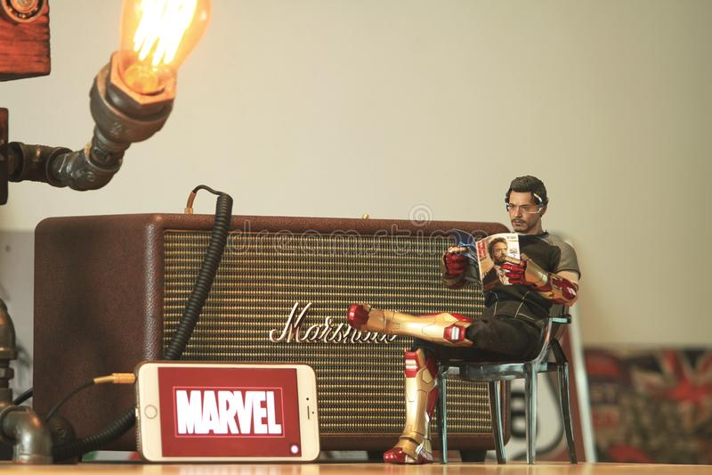 Tiro ascendente cercano de la figura escala de Tony Stark del modelo 1/6 de ironman3 imagen de archivo libre de regalías
