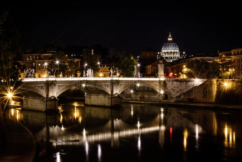 Tiro de la noche de Roma, Italia foto de archivo