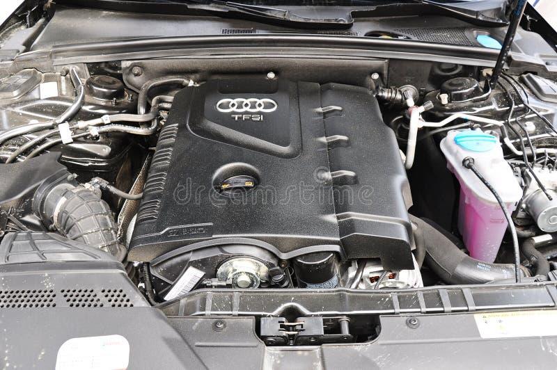 Tiro di foto del motore dell'automobile del allroad di Audi a4 in Turchia fotografia stock