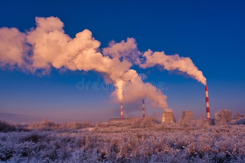 Tiro industrial del paisaje del invierno hermoso foto de archivo libre de regalías