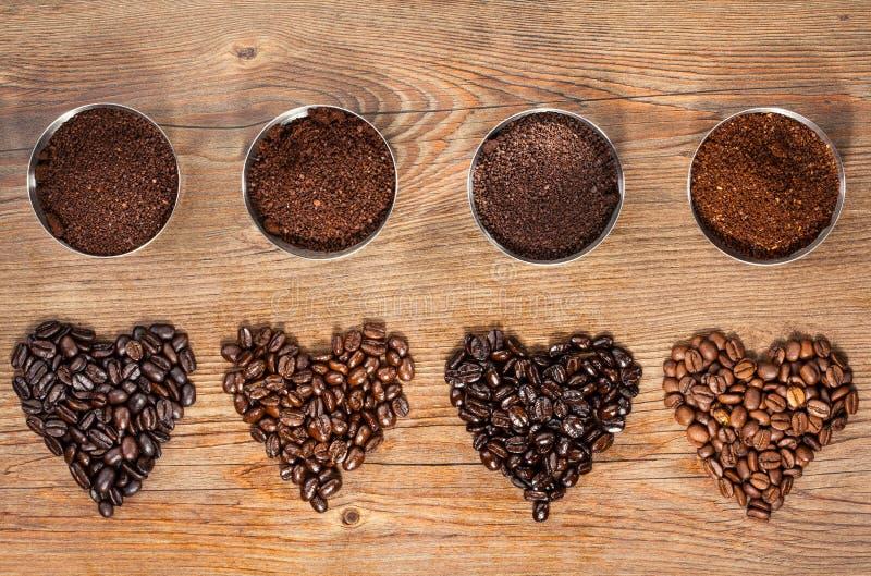 Tiro macro de los granos de café imágenes de archivo libres de regalías
