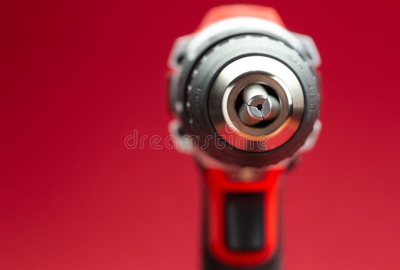 Tiro macro del destornillador o del taladro de la batería fotografía de archivo