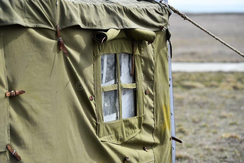Tiro militar verde do detalhe da barraca fotografia de stock royalty free