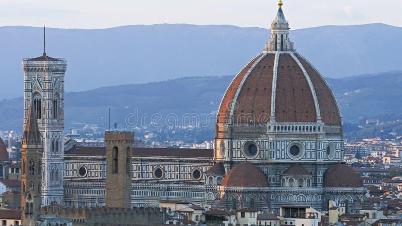 Tiro próximo do domo em Florença, Italia foto de stock