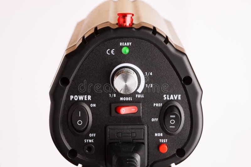 Tiro profissional do close up dos elementos de controle do equipamento de iluminação do estúdio foto de stock royalty free