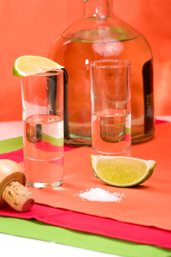Tiro reto do tequila foto de stock