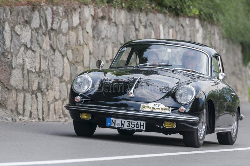 Tirol sul Rallye 2016_Porsche 356 SC_front fotografia de stock royalty free