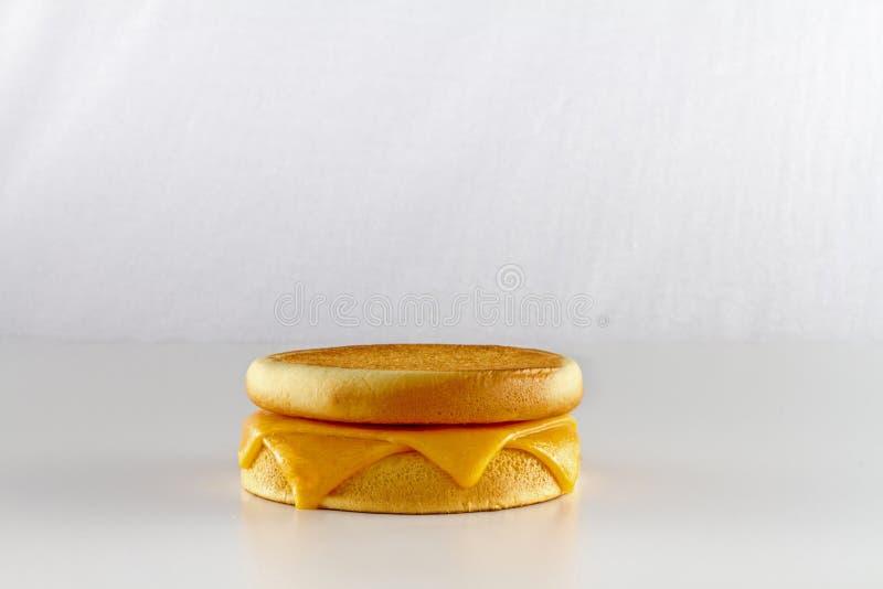 Tirs d'isolement d'hamburger sur le blanc images stock