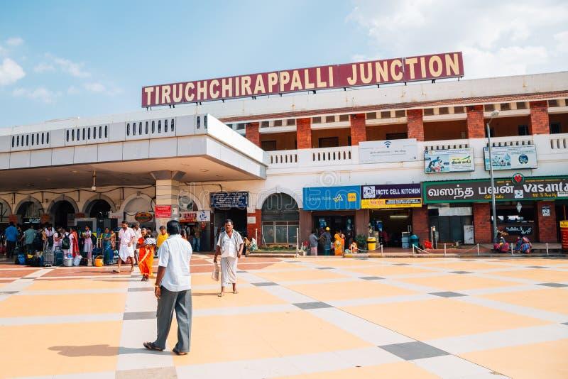 Tiruchchirappalli föreningspunktjärnvägsstation i Tiruchirapalli, Indien arkivbild