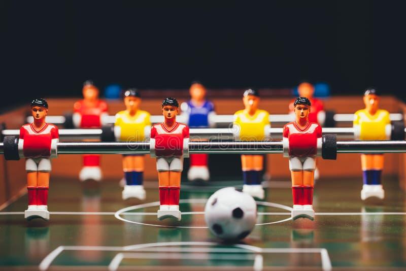 Tischfußballfußballspiel u. x28; kicker& x29; stockfotografie
