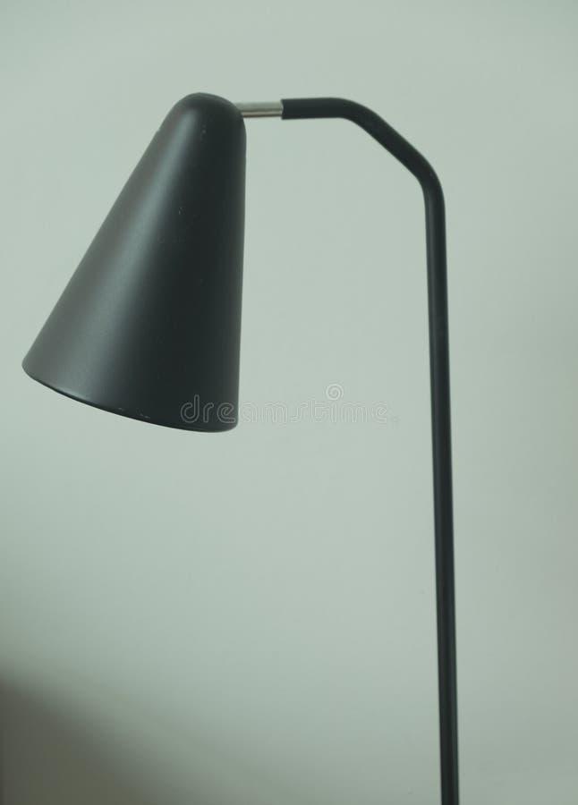 Download Tischlampe Hergestellt Vom Schwarzen Plastik Stockbild - Bild von kind, energie: 96934803