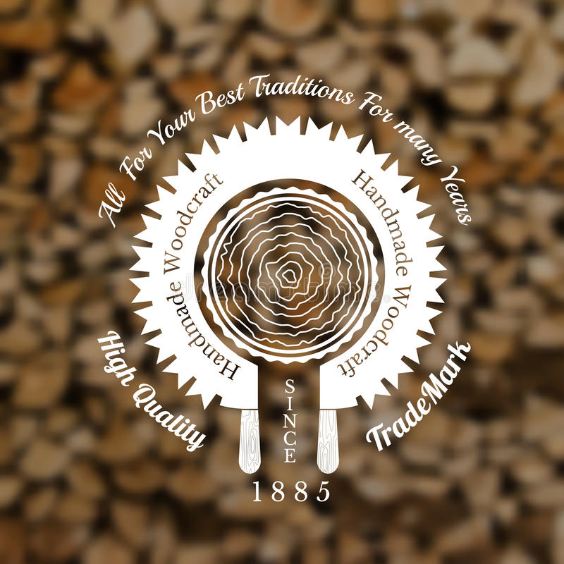 Tischlerhandwerks-Arthintergrund mit sah verbogen um, Baummitte auf altem Stapel Holz zu schneiden vektor abbildung