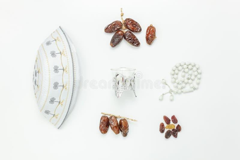 Tischplatteansicht-Luftbild von Dekoration Ramadan Kareem-Feiertag stockbilder
