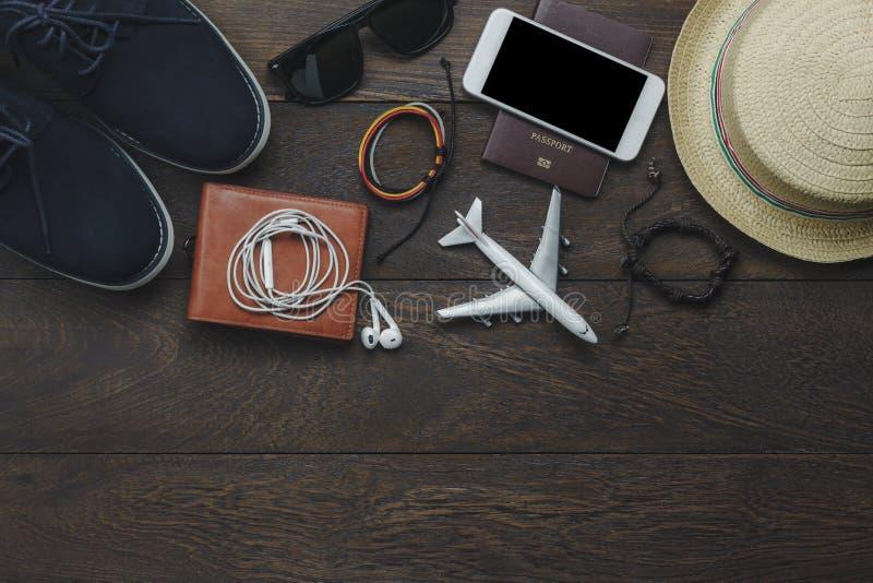 Tischplatteansicht von Herren des wesentlichen Einzelteils für Reise lizenzfreies stockbild