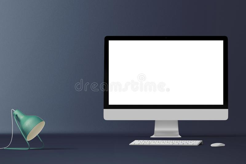Tischrechnerschirm lokalisiert Moderner kreativer Arbeitsplatzhintergrund Front View lizenzfreie stockfotografie