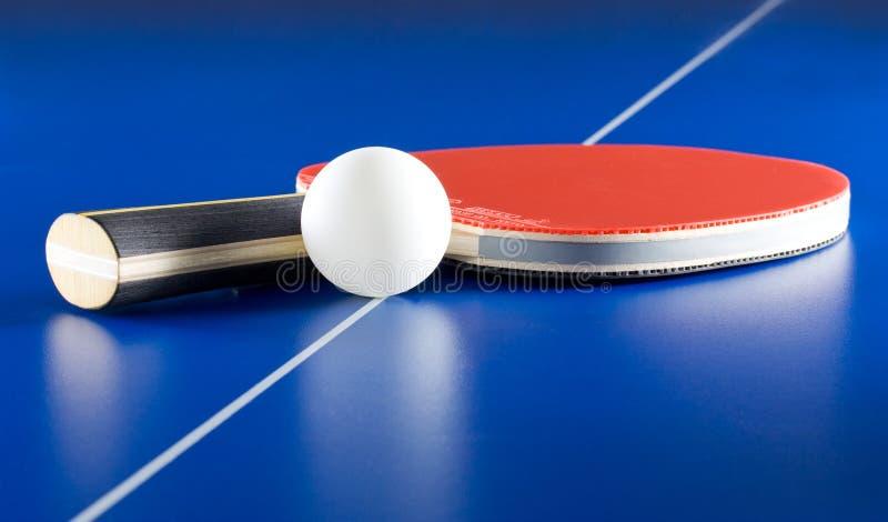 Tischtennisausrüstung lizenzfreies stockfoto