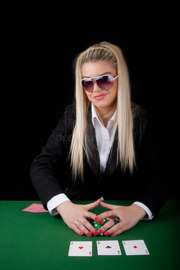 Tisonnier de jeu blond sexy image libre de droits