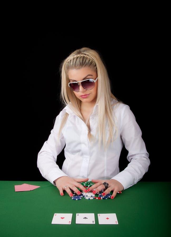 Tisonnier de jeu blond sexy photo stock