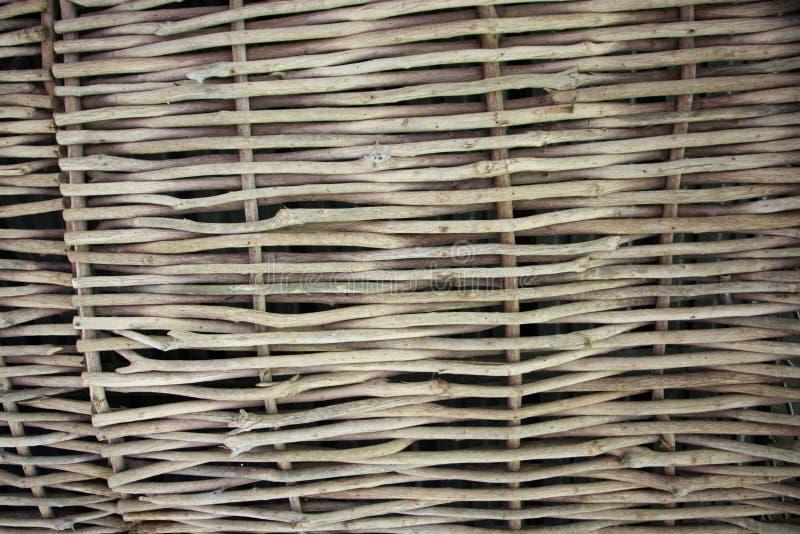 Tissage des branches de saule Fond pour la conception des composants naturels photographie stock