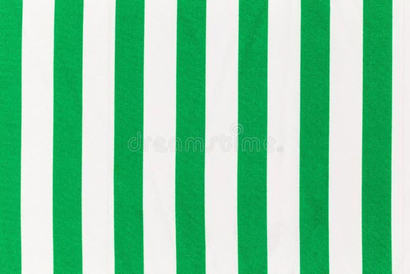 Tissu avec les rayures blanches et vertes photographie stock libre de droits