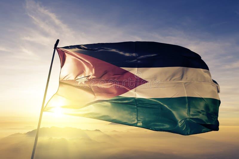 Tissu de tissu de textile de drapeau national de la Jordanie ondulant sur le dessus illustration libre de droits