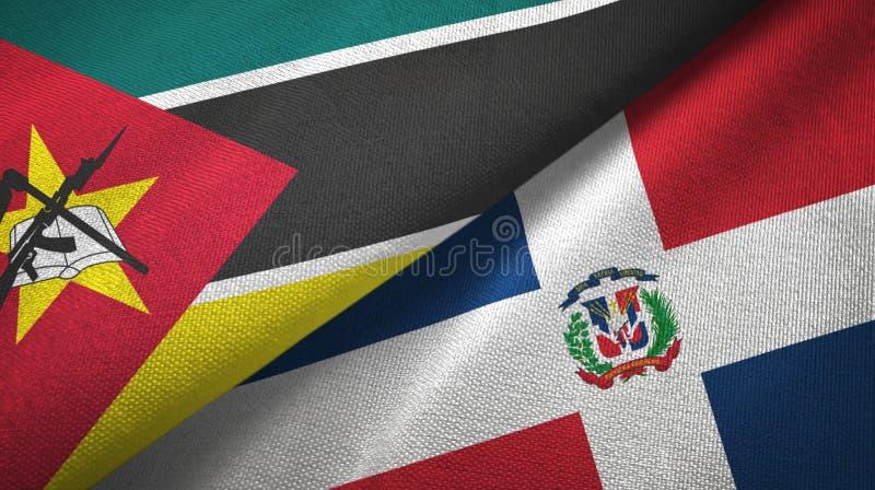 Tissu de textile de drapeaux de la Mozambique et de la République Dominicaine deux, texture de tissu illustration stock